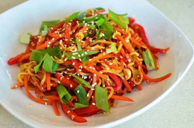 noodles-cu-legume